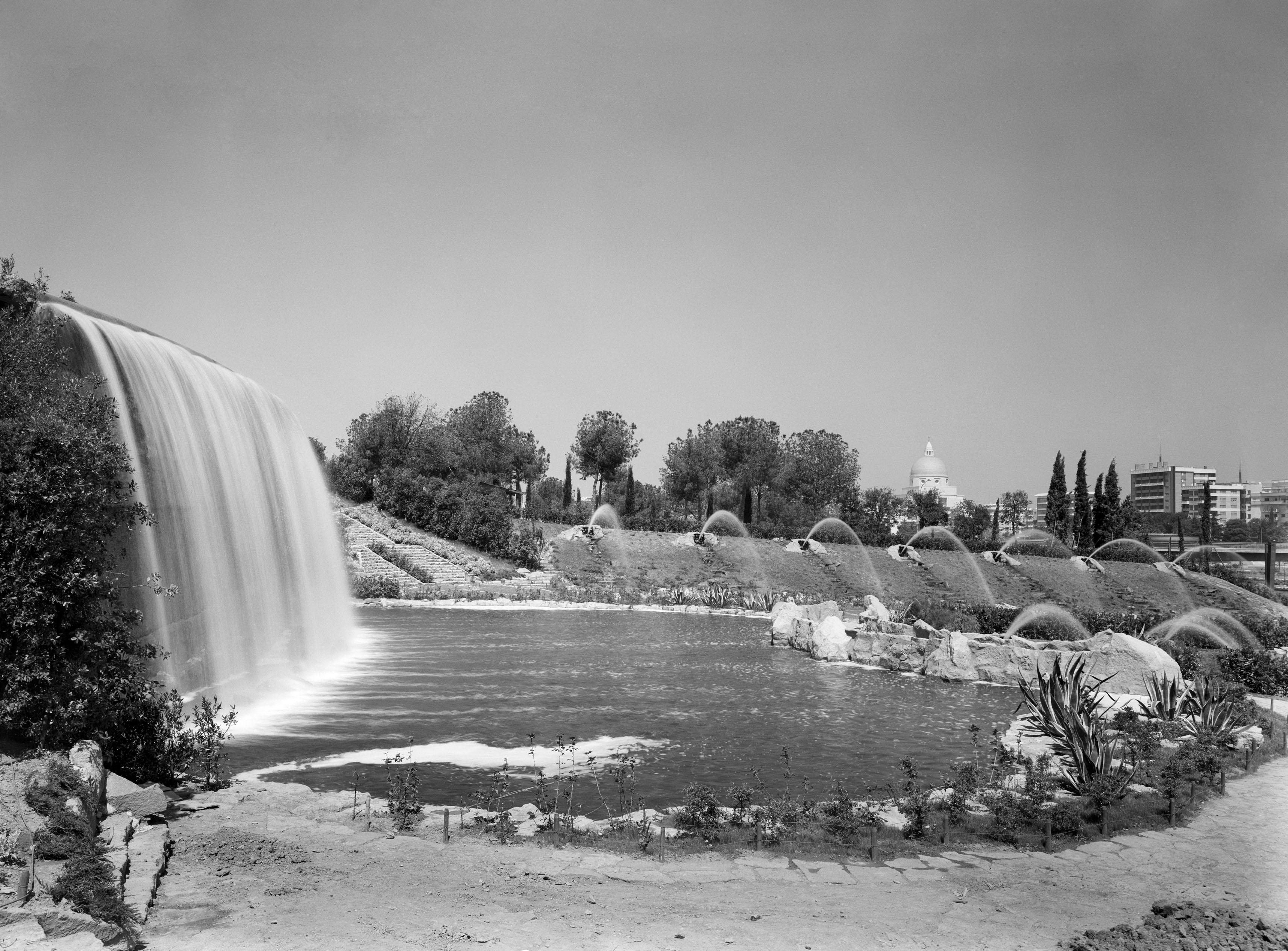 Apertura del giardino delle cascate eur s p a - Cascate per giardino ...