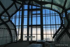Scorcio dal livello N4 verso l'esterno su Palazzo delle Scienze [Immagine di proprietà di EUR SpA - foto arch. Isabella Mundula].
