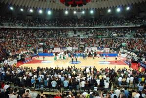 L'interno del Palazzo dello Sport (PalaLottomatica) durante una manifestazione sportiva - Roma eur.